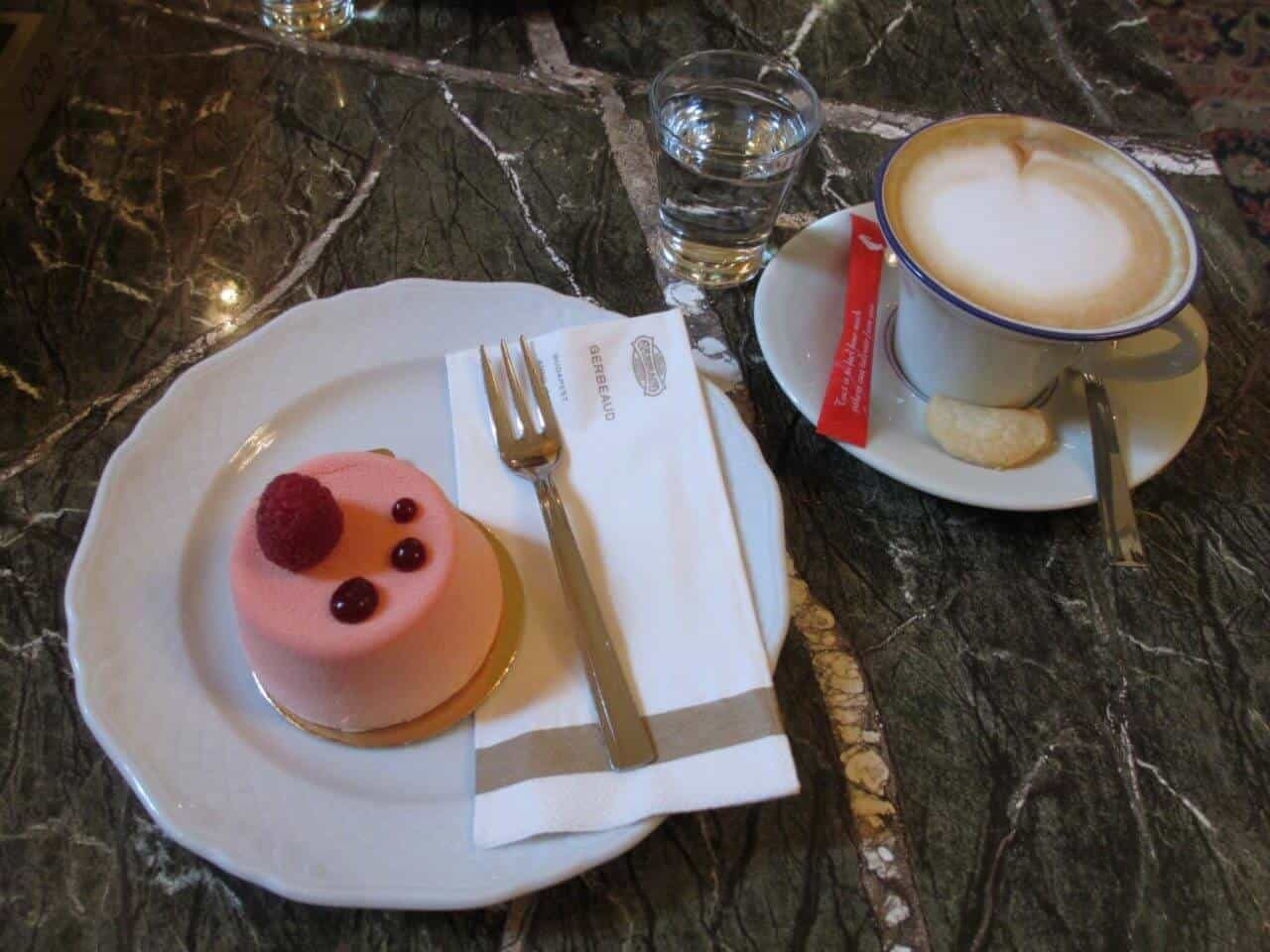 Cafe Gerbeaud < Budapest