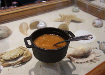Griechische Suppe im Restaurant Athena