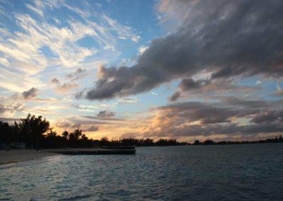 Sonnenuntergang Junkanoo Beach
