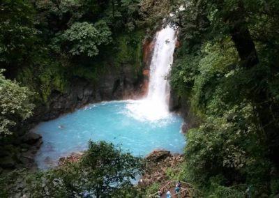 Ein Wasserfall mitten im Urlaub