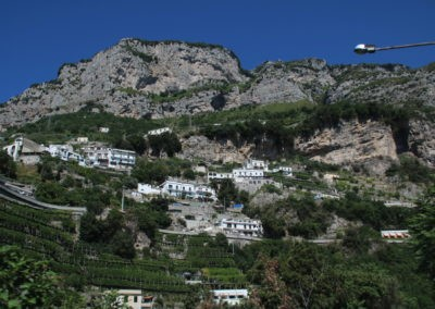 Häuser in der Steilküste