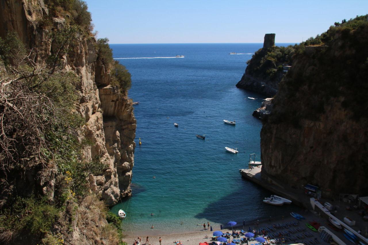 Steilküste und Meer